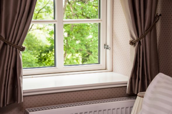 How To Choose The Right Length Of Curtains For Your Dubai